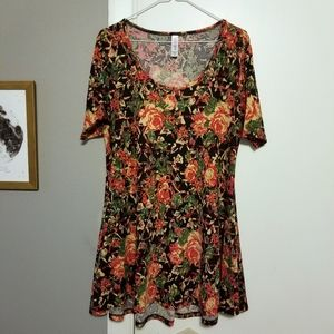 Lularoe Perfect Swing Tee, Floral